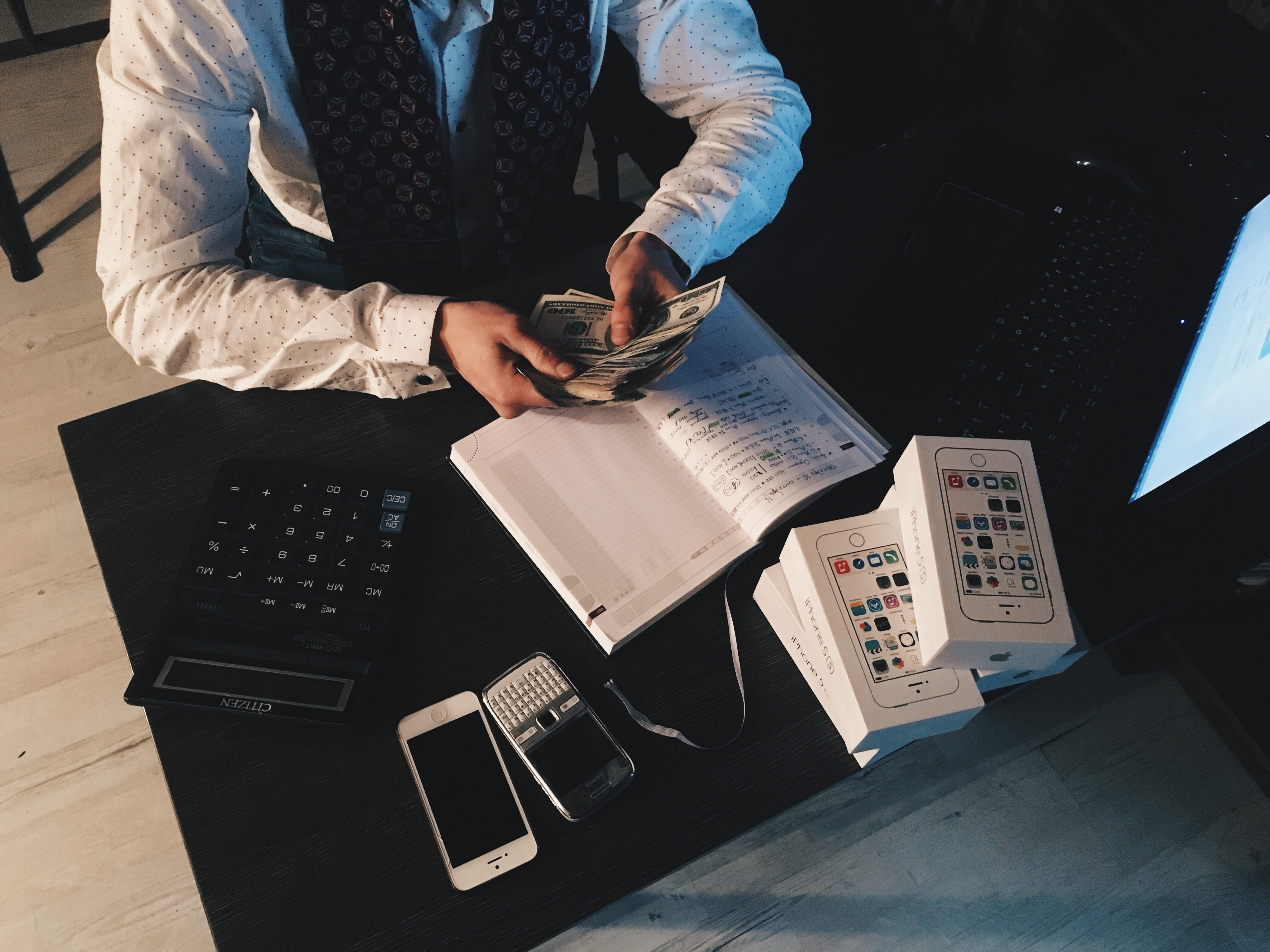 コピーライティングの本質は〇〇⁉信頼残高を貯金するとは?